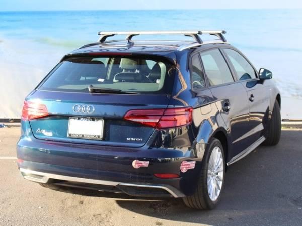 2017 Audi A3 Sportback e-tron WAUUPBFF5HA071282
