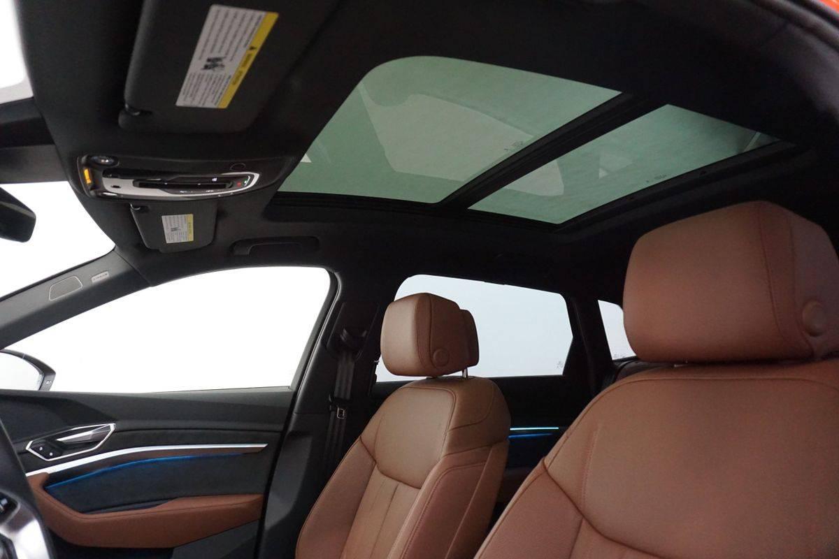 2019 Audi e-tron WA1VABGE5KB013523