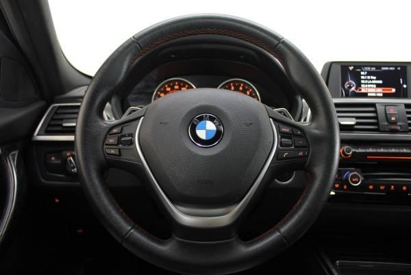 2017 BMW 3 Series WBA8E1C54HK895216