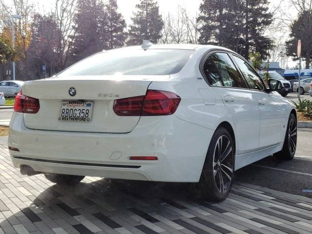 2018 BMW 3 Series WBA8E1C54JA159498