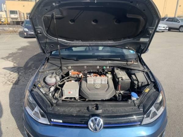 2016 Volkswagen e-Golf WVWKP7AU9GW907612