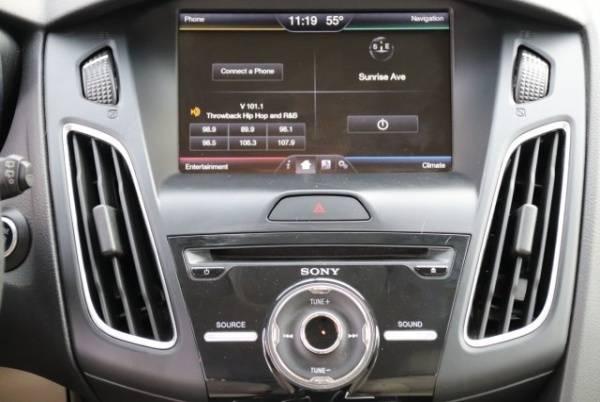 2015 Ford Focus 1FADP3R47FL349450