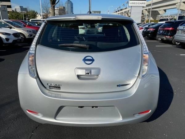 2015 Nissan LEAF 1N4AZ0CP7FC334414
