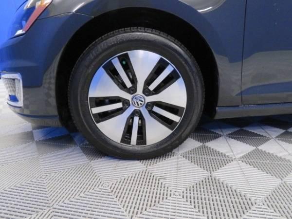 2016 Volkswagen e-Golf WVWKP7AUXGW900815