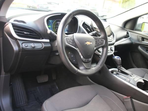 2017 Chevrolet VOLT 1G1RC6S51HU118825
