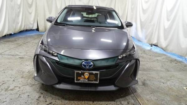 2017 Toyota Prius Prime JTDKARFP3H3000955