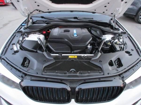 2018 BMW 5 Series WBAJA9C58JG622865