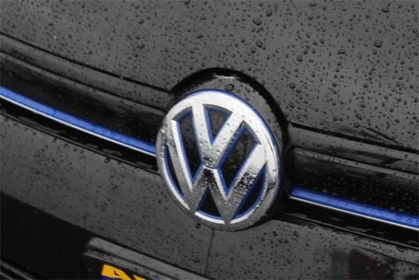 2016 Volkswagen e-Golf WVWKP7AU4GW915326