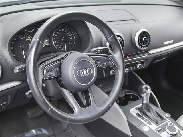 2017 Audi A3 Sportback e-tron WAUUPBFFXHA108830