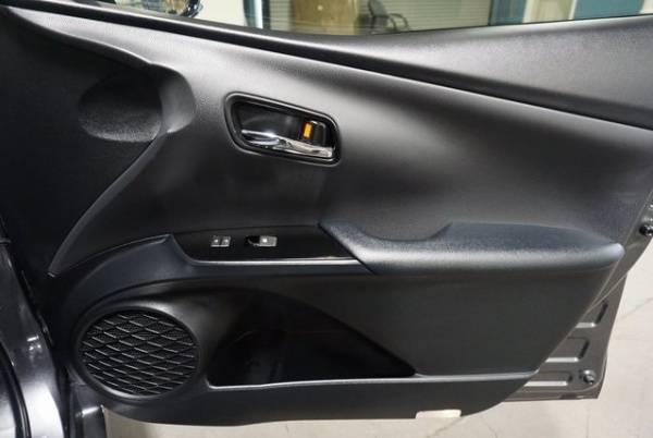 2018 Toyota Prius Prime JTDKARFP8J3101494