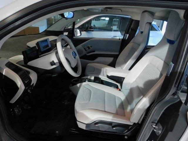 2017 BMW i3 WBY1Z8C3XHV892821