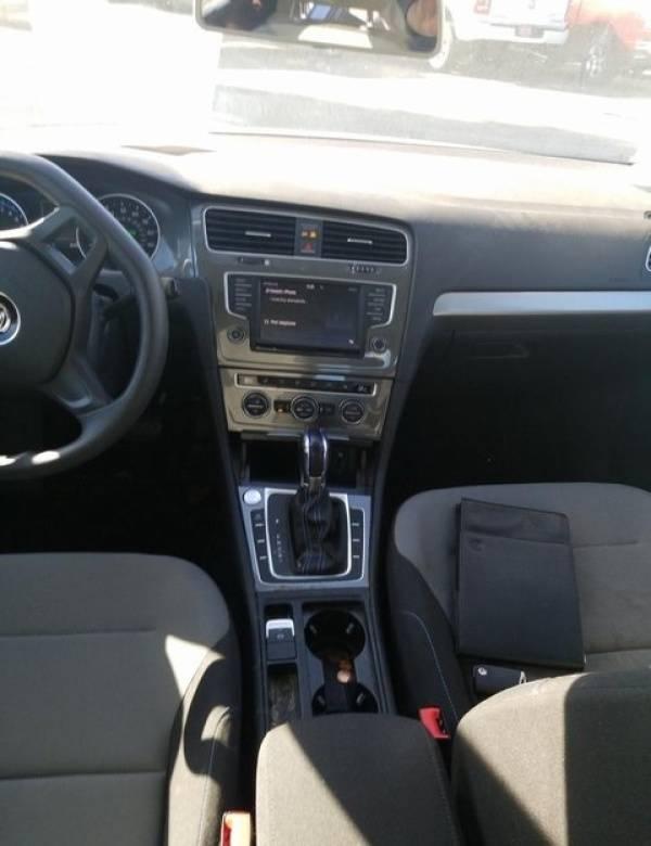 2016 Volkswagen e-Golf WVWKP7AU5GW915352