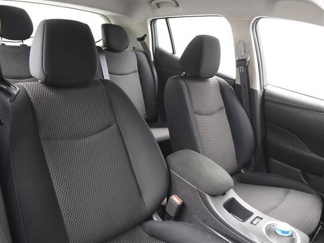 2017 Nissan LEAF 1N4BZ0CP4HC300471