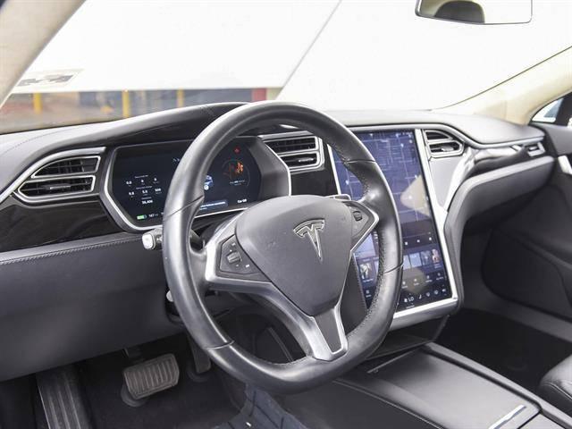 2016 Tesla Model S 5YJSA1E10GF138419