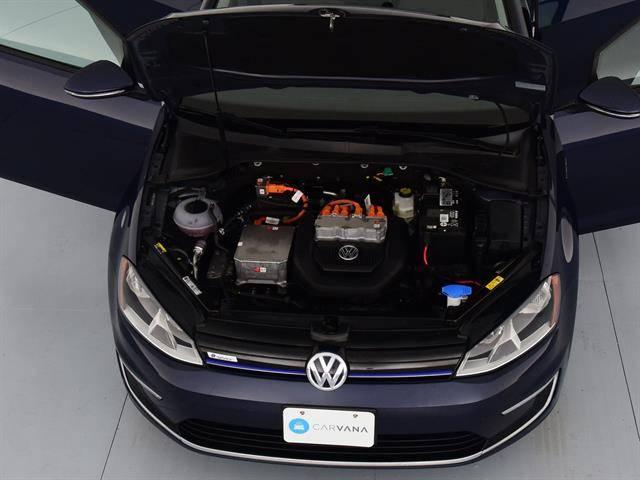 2016 Volkswagen e-Golf WVWKP7AU9GW913328