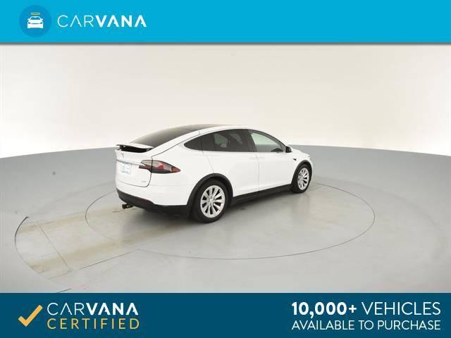 2016 Tesla Model X 5YJXCBE27GF016574