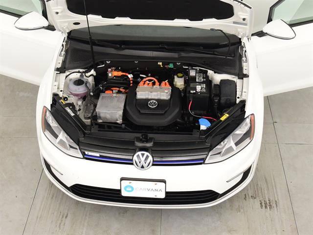 2016 Volkswagen e-Golf WVWKP7AU4GW913141