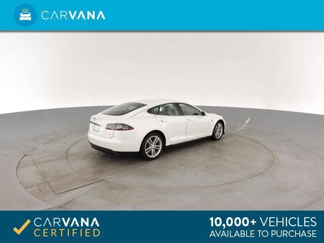 2013 Tesla Model S 5YJSA1CN6DFP26911
