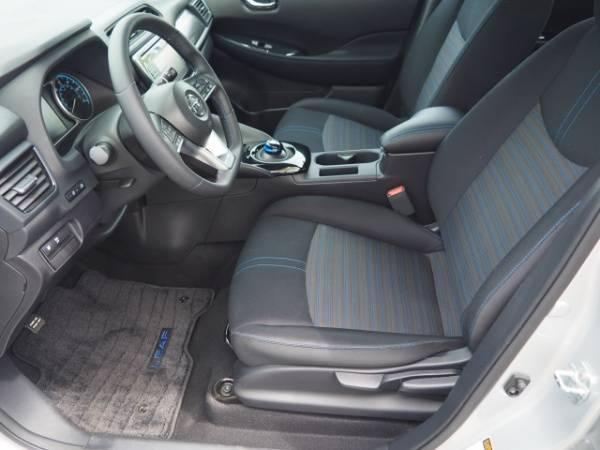 2018 Nissan LEAF 1N4AZ1CP5JC311230