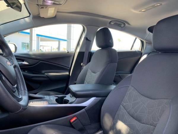 2017 Chevrolet VOLT 1G1RC6S51HU186459