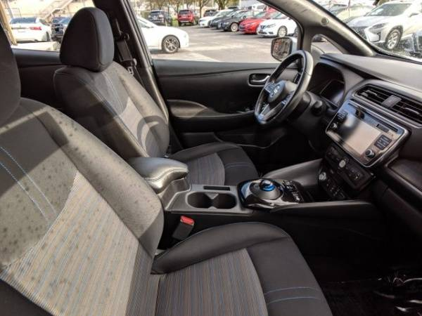 2018 Nissan LEAF 1N4AZ1CP5JC303225