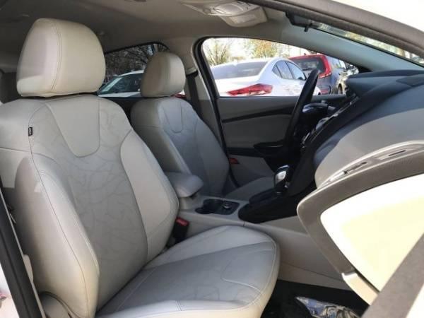 2014 Ford Focus 1FADP3R40EL311718