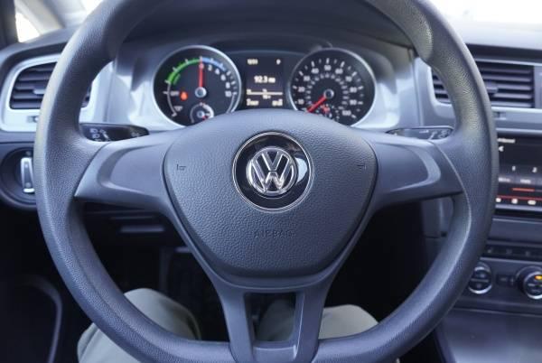 2016 Volkswagen e-Golf WVWKP7AU9GW911322