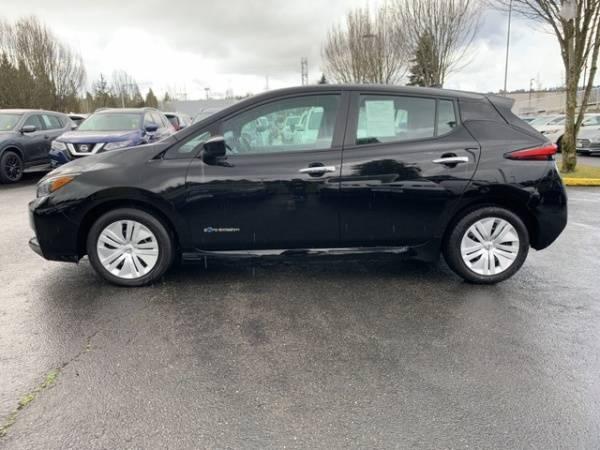 2018 Nissan LEAF 1N4AZ1CP2JC300850