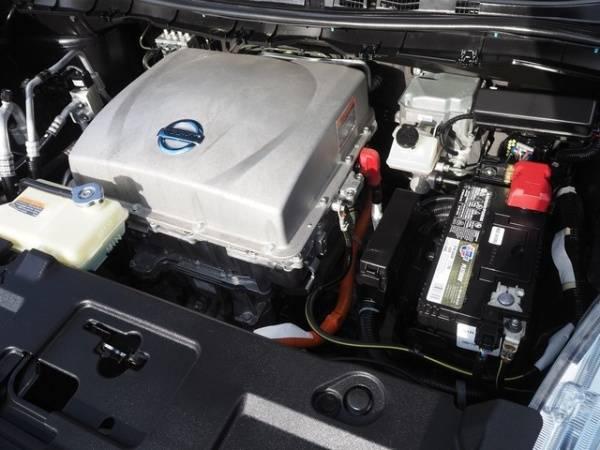 2013 Nissan LEAF 1N4AZ0CP5DC410273