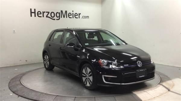 2016 Volkswagen e-Golf WVWKP7AU6GW907406
