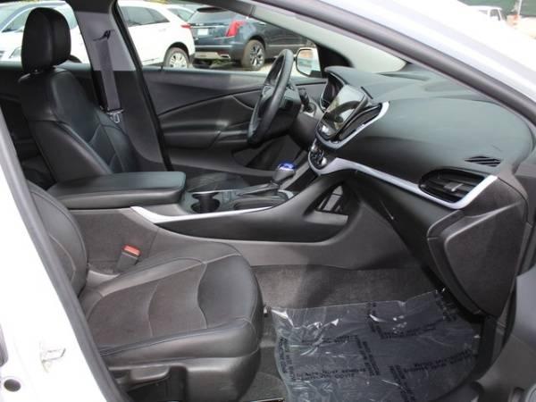 2017 Chevrolet VOLT 1G1RC6S58HU170534