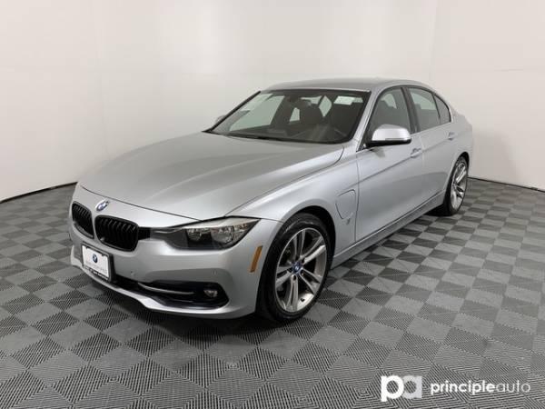 2017 BMW 3 Series WBA8E1C39HA029256