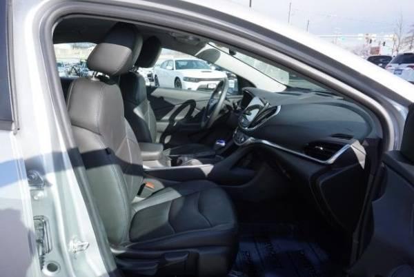 2017 Chevrolet VOLT 1G1RD6S55HU159813