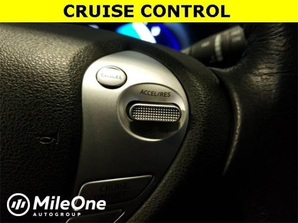 2017 Nissan LEAF 1N4BZ0CP5HC302133