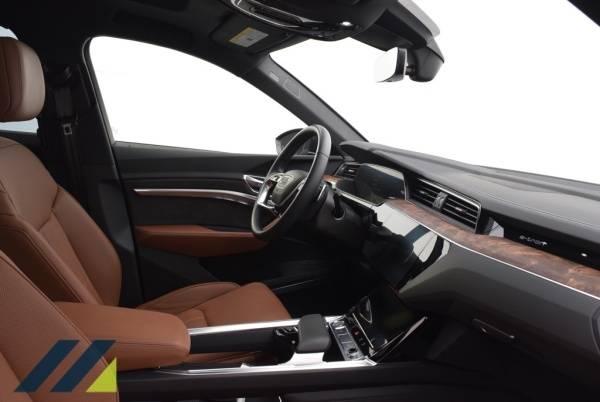 2019 Audi e-tron WA1VABGE1KB009713