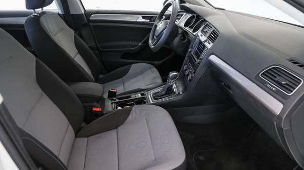 2016 Volkswagen e-Golf WVWKP7AUXGW913662