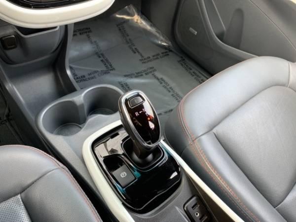 2017 Chevrolet Bolt 1G1FX6S07H4137441