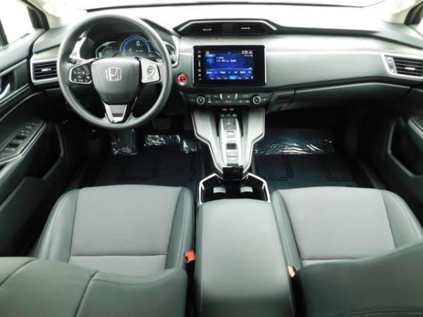 2018 Honda Clarity JHMZC5F15JC016155