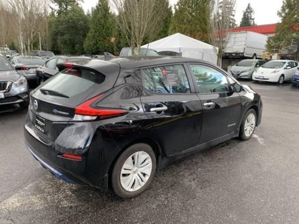 2018 Nissan LEAF 1N4AZ1CP0JC302404