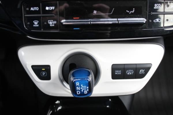 2017 Toyota Prius Prime JTDKARFP7H3002708