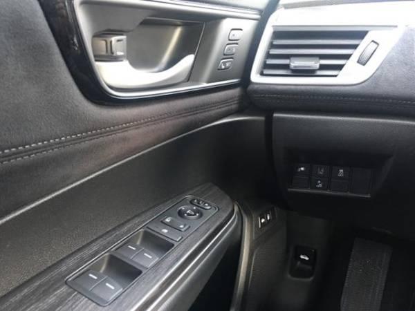 2018 Honda Clarity JHMZC5F36JC007658
