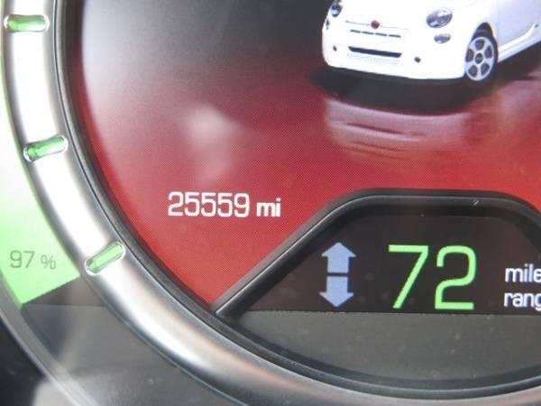 2017 Fiat 500e 3C3CFFGE7HT530002
