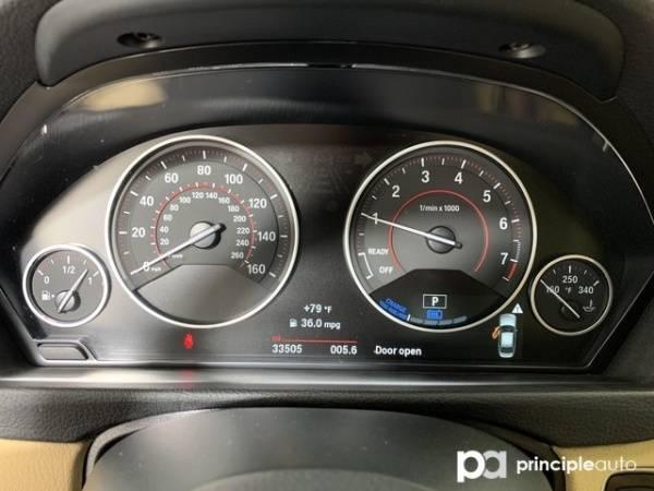 2017 BMW 3 Series WBA8E1C33HK895495
