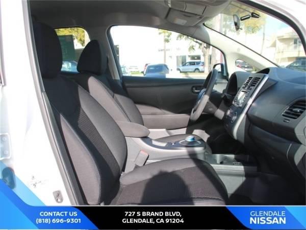 2017 Nissan LEAF 1N4BZ0CP1HC300198