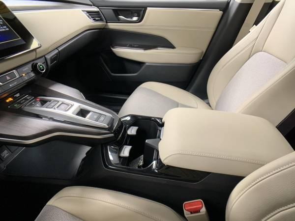 2018 Honda Clarity JHMZC5F13JC004103