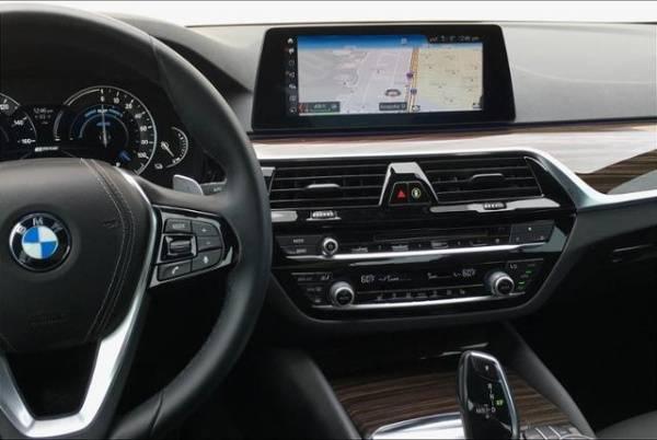 2019 BMW 5 Series WBAJA9C50KB398859