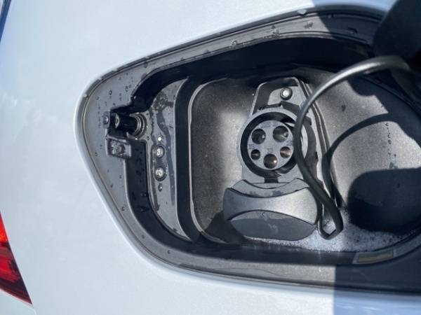 2019 Volkswagen e-Golf WVWPR7AU8KW905584