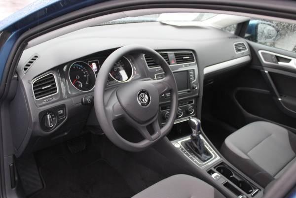 2016 Volkswagen e-Golf WVWKP7AU6GW915442
