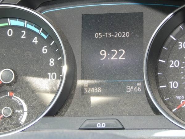 2016 Volkswagen e-Golf WVWKP7AU2GW914711