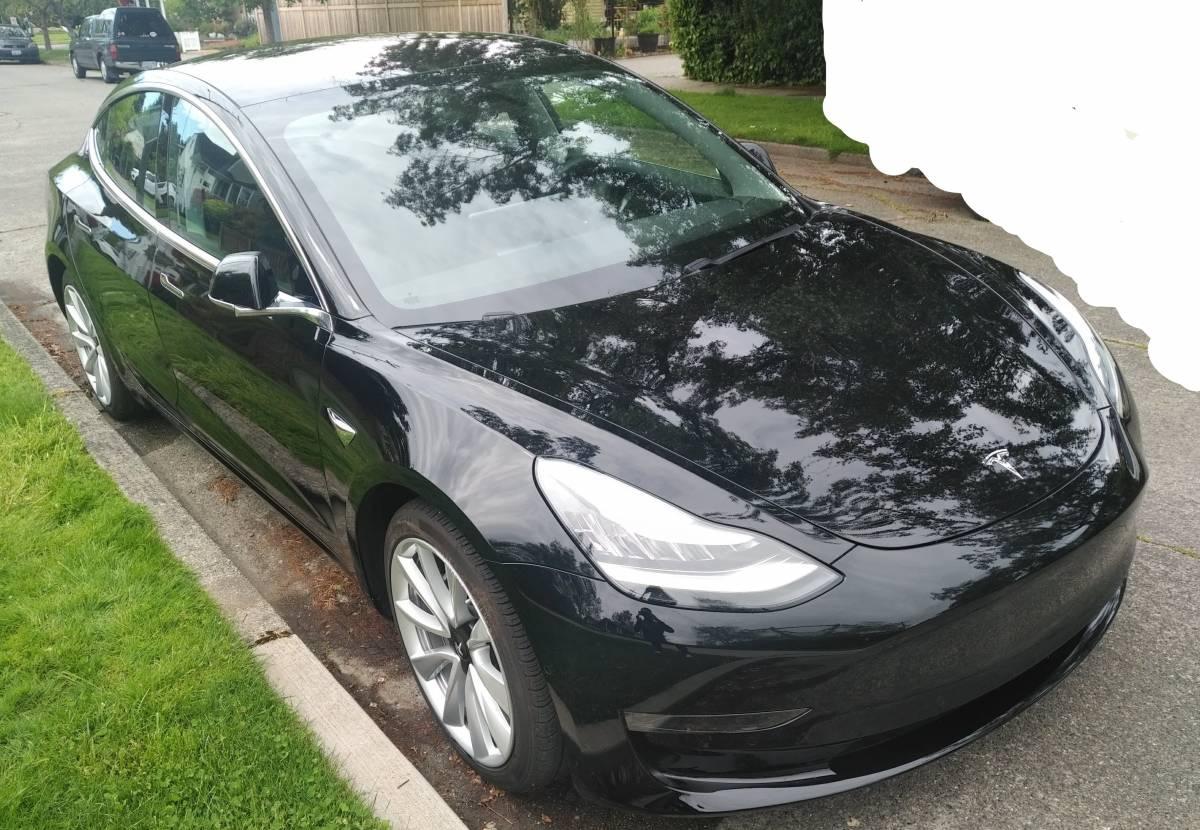 2018 Tesla Model 3 5YJ3E1EB4JF184571